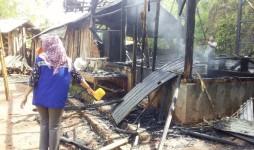 Rumah Milik Kirno Hangus Terbakar Gegara Korsleting Listrik