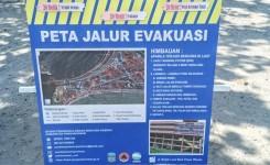 Pantai Pangandaran Dipasang Plang Rambu Jalur Evakuasi Tsunami