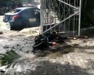 Sebuah Ledakan Diduga Bom Bunuh Diri Terjadi di Depan Katedral Makassar Sulsel