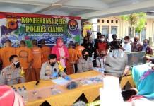 Polres Ciamis Berhasil Sita Ratusan Botol Miras Ilegal di Ciamis dan Pangandaran
