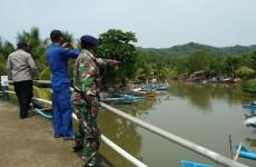 Tim SAR Gabungan Lakukan Pencarian Nelayan Umang yang Tenggelam di Sungai Ciseel