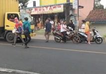 Tradisi Rutin Bulan Ramadhan, Club Motor di Pangandaran Berbagi Takjil Gratis