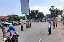 Petugas Gabungan di Cilacap Gelar Penyekatan Larangan Mudik di Perbatasan Jateng-Jabar