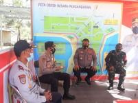 Lakukan Pengecekan di Pangandaran, Karo SDM Polda Jabar : Petugas yang Berjaga Harus Tetap Semangat