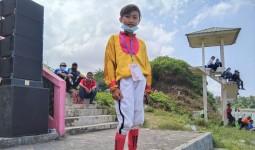 Berlaga di Pacuan Kuda Legokjawa Pangandaran, Siswa Kelas VI SDN Asal Jateng Tempati Urutan Ketiga