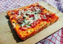 Resep Makanan, Cara Membuat Pizza Roti Tawar Enak Tanpa Ribet