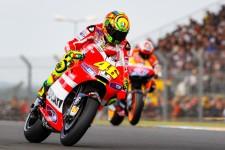 MotoGP News - Valentino Rossi Sebut Motor Ducati Sulit Dikendarai, Cek Faktanya