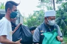 Pasca Dikritik Tiktoker Asal Pangandaran, Wagub Jabar Langsung Sambangi Pangandaran dan Salurkan Bansos