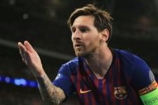 'Hanya Jago Kiri' Lionel Messi Menjawab Nyinyiran Pele
