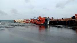 Begini Kondisi Terakhir Kapal Tongkang yang Kandas di Pantai Bojongsalawe Pangandaran