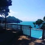 Wisata Pantai Lampon Surga Tersembunyi di Kota 'Beriman' dengan  Goa danTebing Pengantin