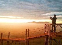 Wisata Wayang Windu Pengalengan dengan Sunrise dan Sunset yang Memanjakan Mata