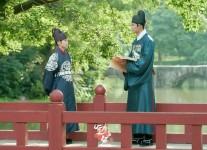 Drama Korea The King's Affection Episode 1 Sub Indo, Bertukar Peran