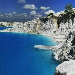 Danau Kaolin Belitung Pemandian Air Panas Alami Seperti di Pamukkale Turki