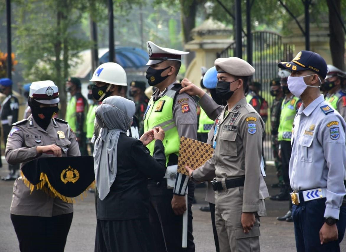 Wali Kota Banjar Pimpin Apel Gelar Pasukan, Ade : Penyekatan Larangan Mudik Upaya Pemerintah Cegah Penyebaran Covid-19