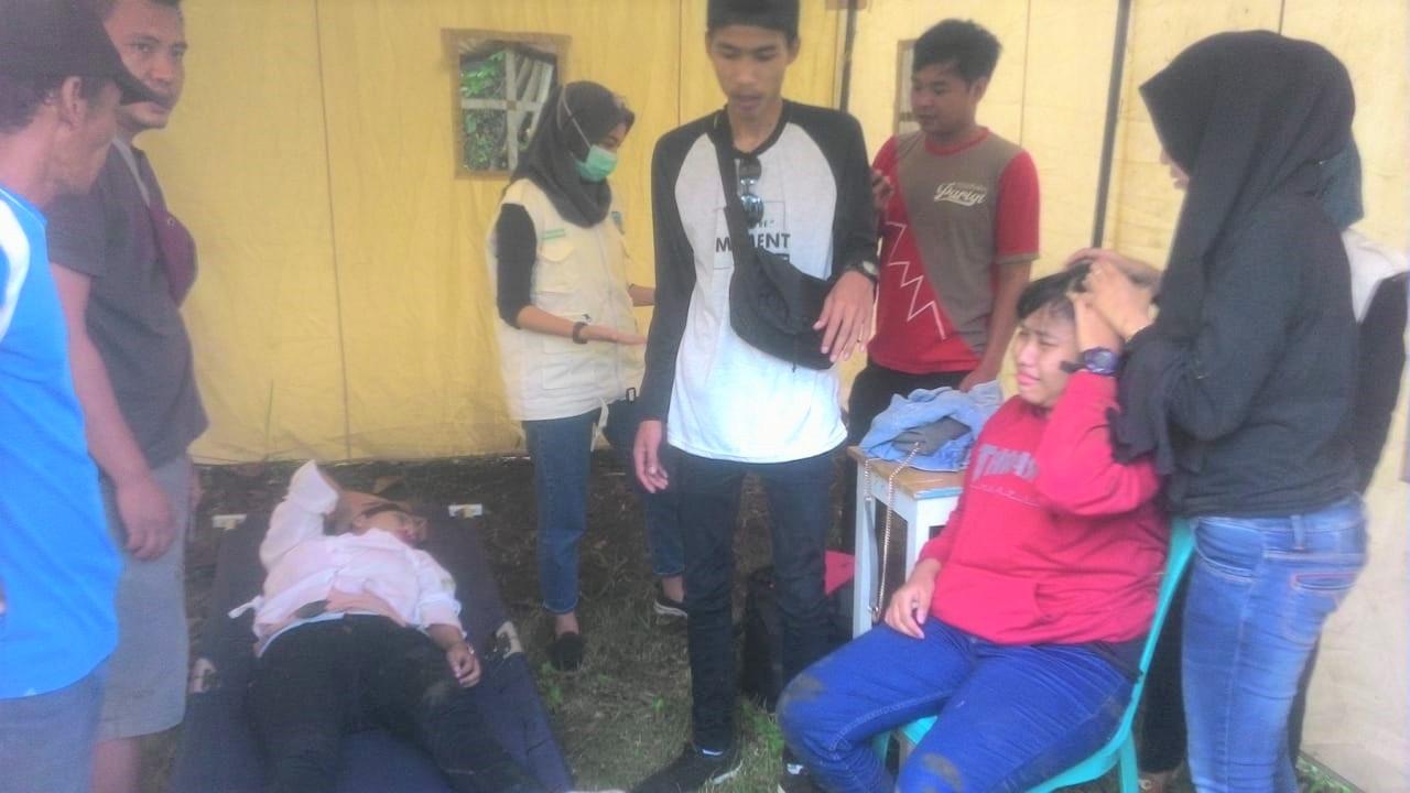 Gazebo di Objek Wisata Batuhiu Ambruk, Dua Wisatawan Terluka