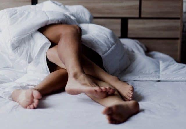 Seks Dipagi Hari Jarang Dilakukan Suami-Istri,Pedahal seks Dipagi Hari Itu Sangat Banyak Manfaatnya Lohh.