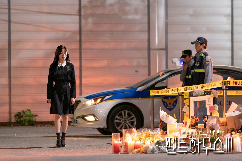 Drama Korea The Penthouse season 3 Episode 1 Sub Indo, War In Life