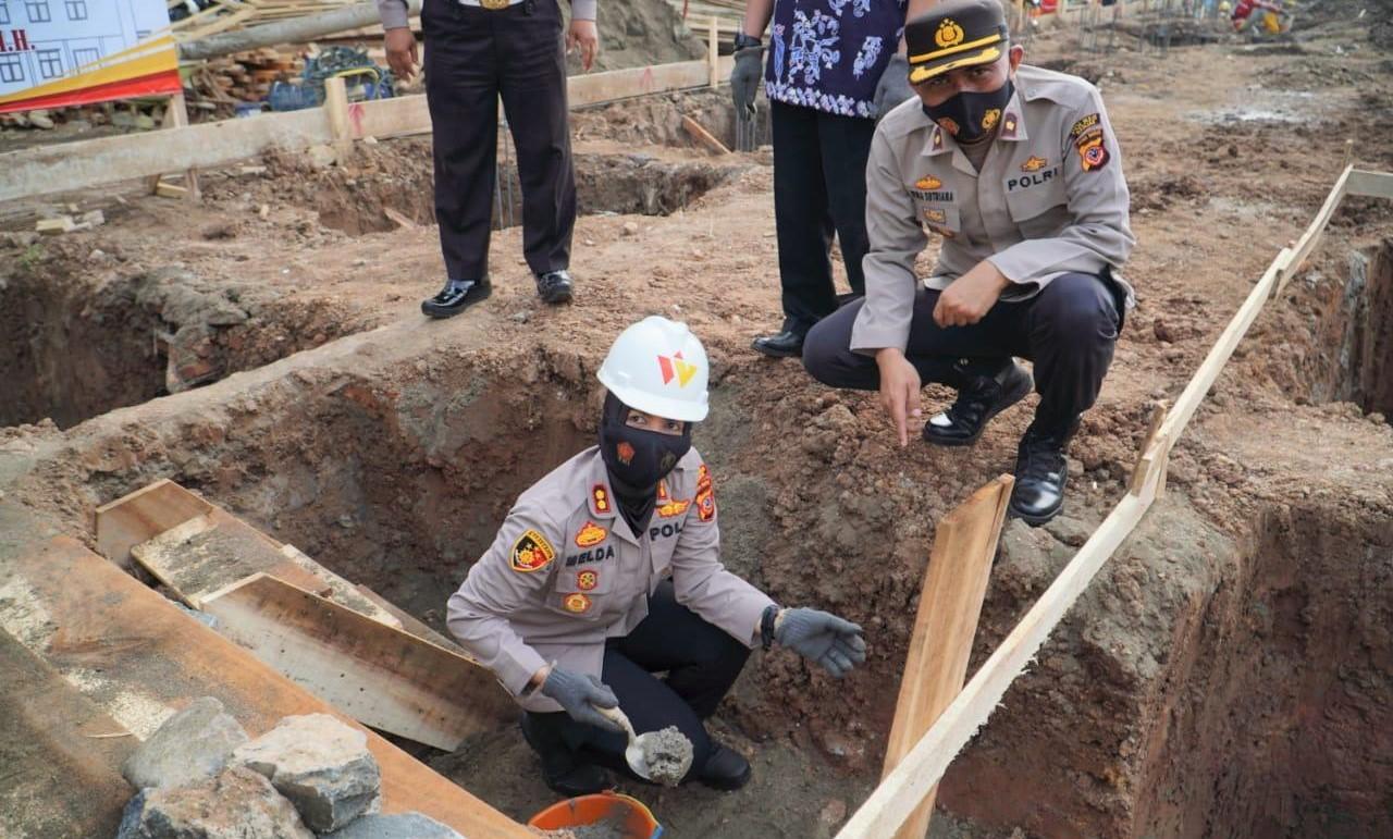 Pembangunan Gedung Barak Dalmas, Melda Yanny : Personel Harus Lebih Siap Siaga
