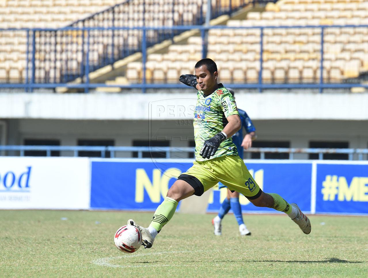 Penjaga Gawang Dhika Bayangkara Dipinjam Persita Selama Liga 1 2021