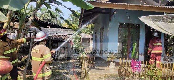 Dipicu Arus Pendek, Satu Rumah Warga Pangandaran Nyaris Ludes Terbakar