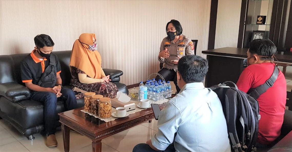 Masuk Level 4 Kasus Covid-19, Kapolres Banjar Gandeng Penyiar Radio Sosialisasikan PPKM Darurat
