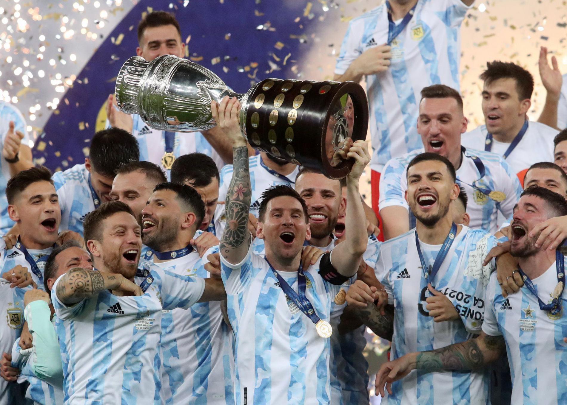Messi Dedikasikan Kemenangan Argentina dalam Copa Amerika untuk Keluarga, Negara dan Maradona