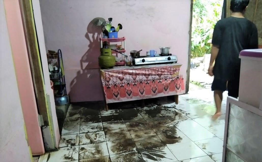 Hujan Lebat Guyur Pangandaran, Akibatnya Puluhan Rumah di Cigugur Terendam Banjir