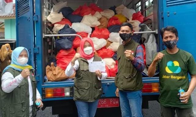 Jabar Bergerak Pangandaran Salurkan Ratusan Paket Sembako di 10 Kecamatan