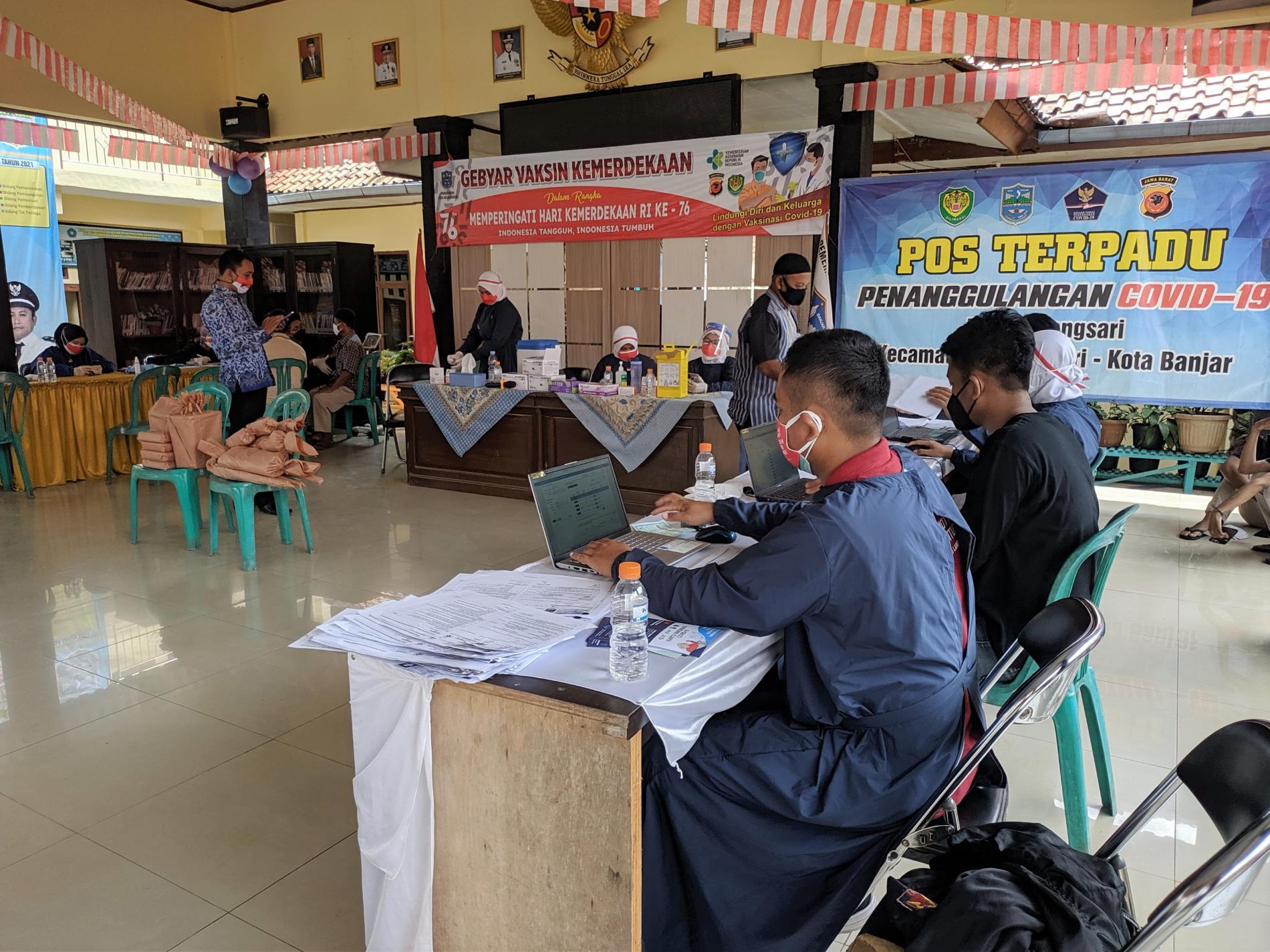 Bertepatan HUT RI, Pemdes Kujangsari Siapkan Doorprize Bagi Warga yang Mau Divaksin