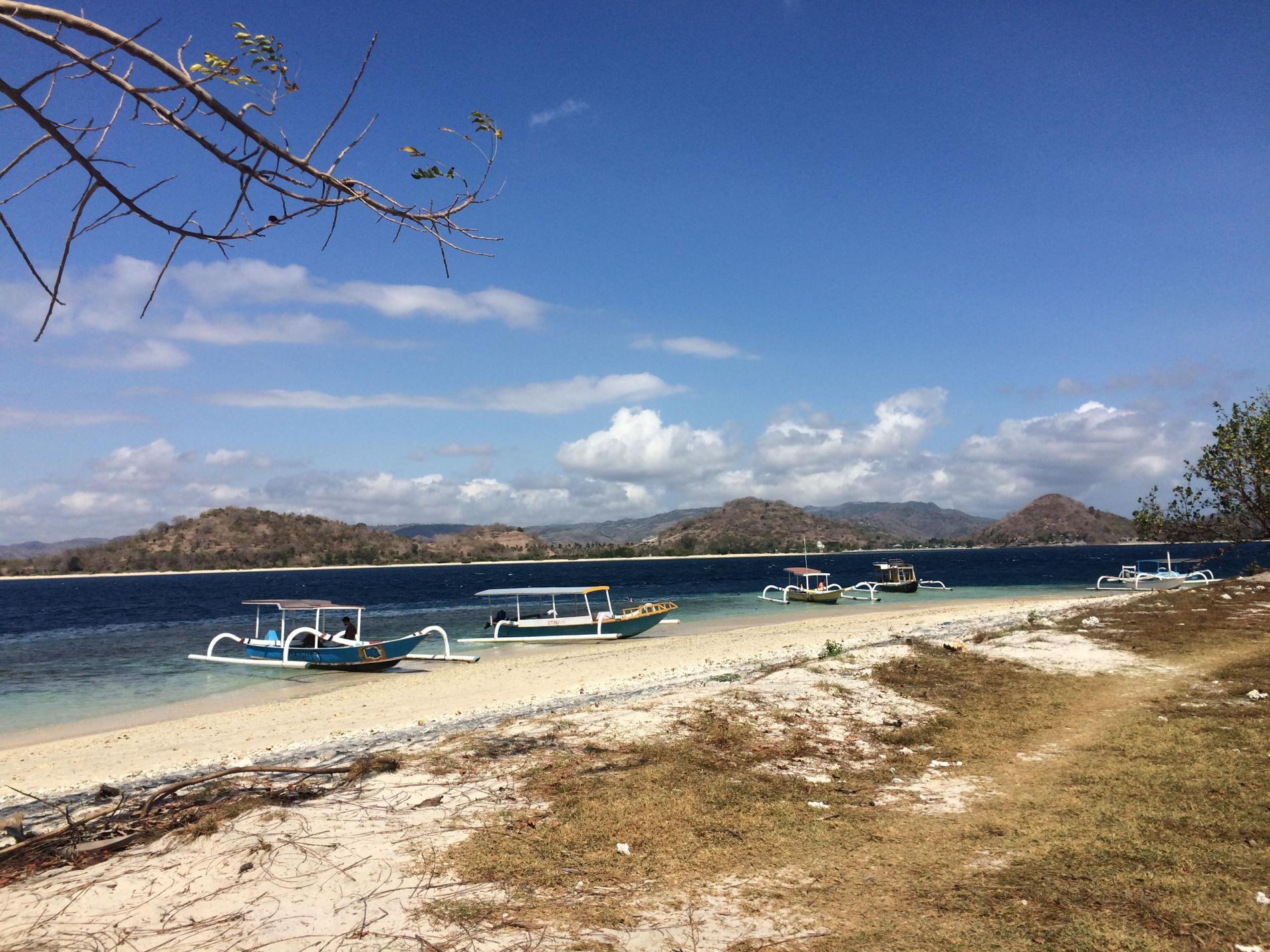 Pulau Gili Layar, Sepotong Surga di Lombok dengan Sejuta Keindahan