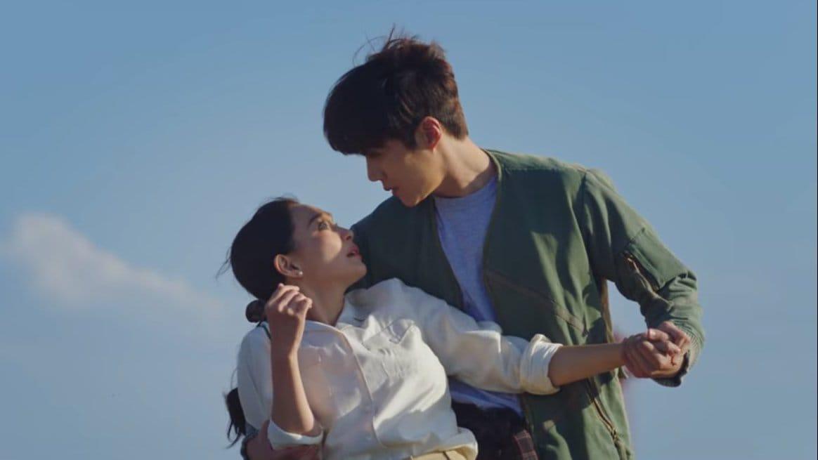 Drama Korea Hometown Cha Cha Cha Episode 2 Sub Indo, Pembukaan Klinik Gigi di Pedesaan
