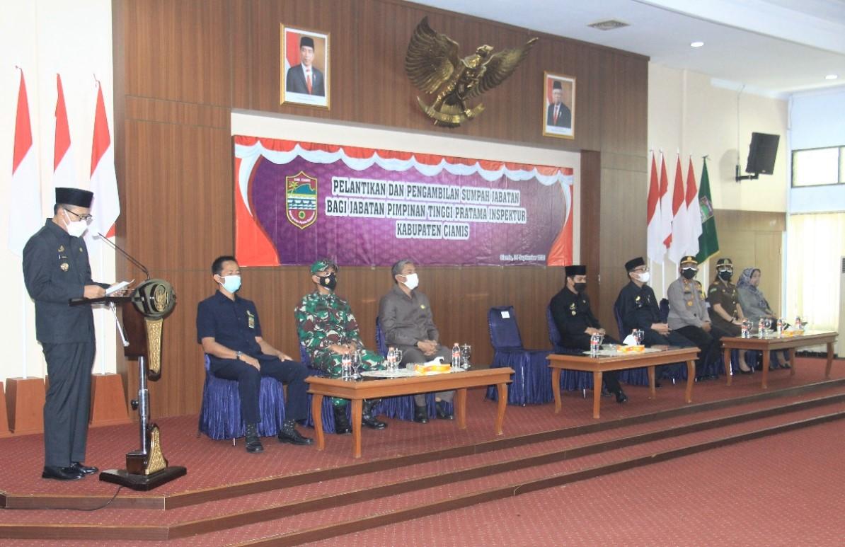 Menjabat Inspektur, Ika Darmaiswara Dilantik Sumpah Bupati Ciamis