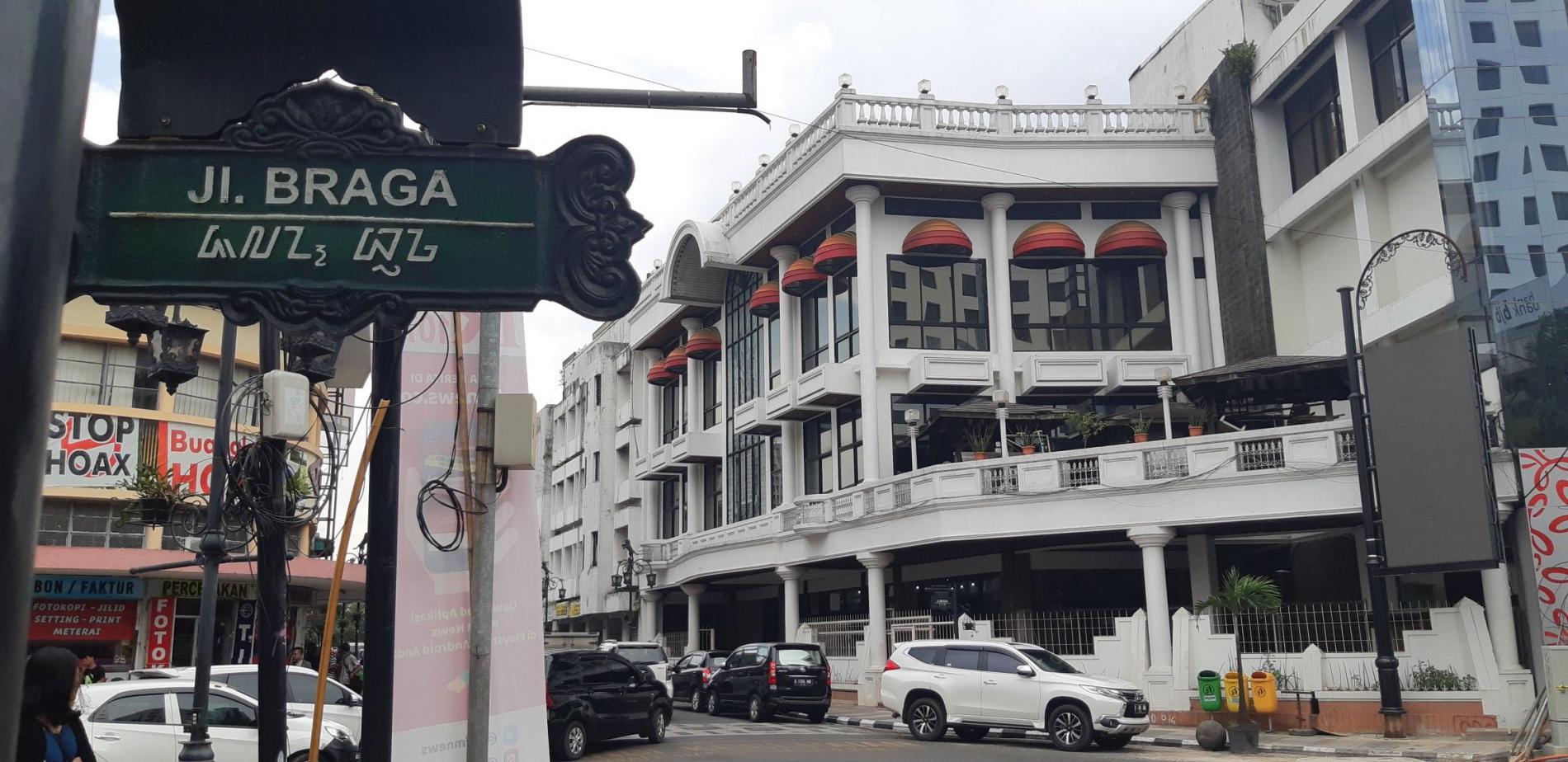 Menikmati Nuansa Eropa di Jalan Braga Bandung yang Memukau